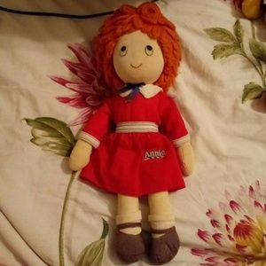 Vintage Annie doll